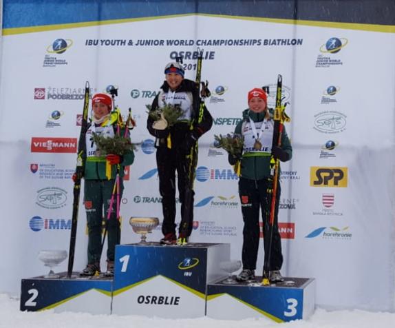 Jule wird Vize-Junioren- Weltmeisterin im Einzel