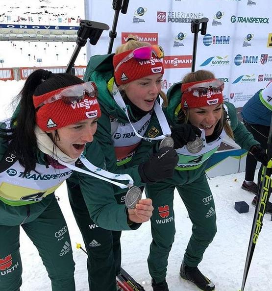 Jule wird auch mit der Juniorinnen-Staffel Vize-Weltmeisterin
