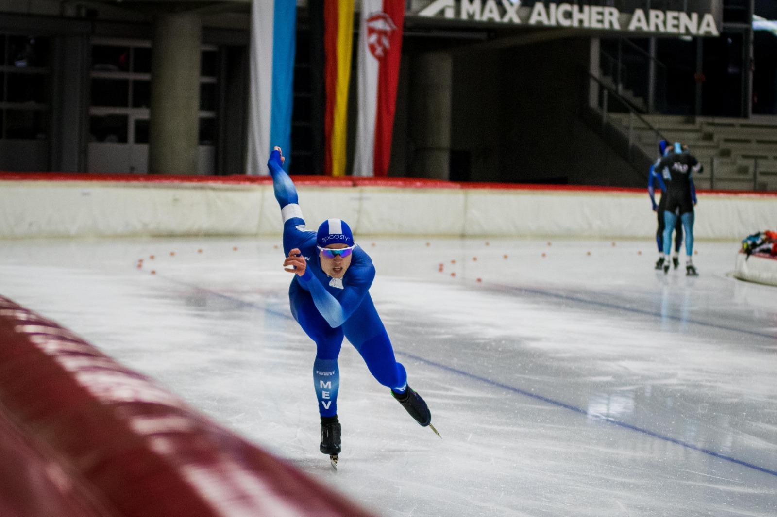 Hendrik Dombek startet erneut im Eisschnelllauf-Weltcup